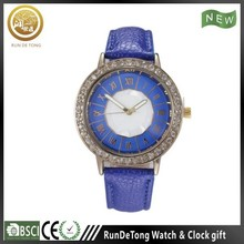 Blue diamond round case roman numberals polygon dial quartz watch tester
