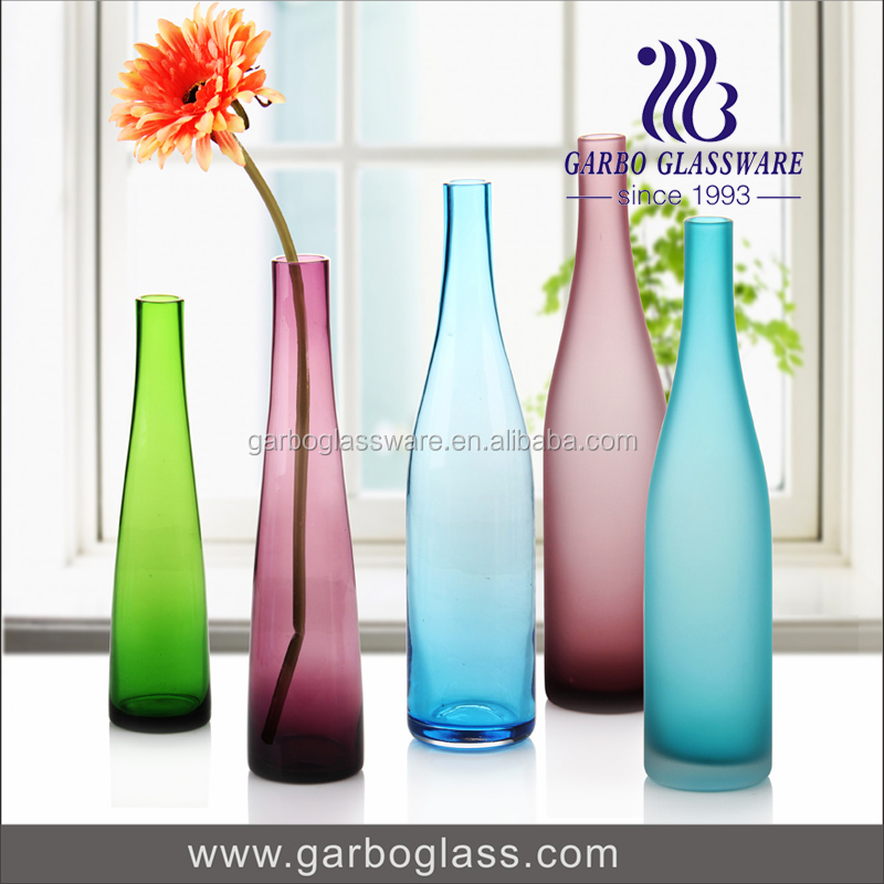 Popular Wholesale colored decorative 1L glass bottle glass milk bottle water bottle for wedding in European