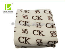 Cheap Soft Wholesale Signature Blankets Made In China