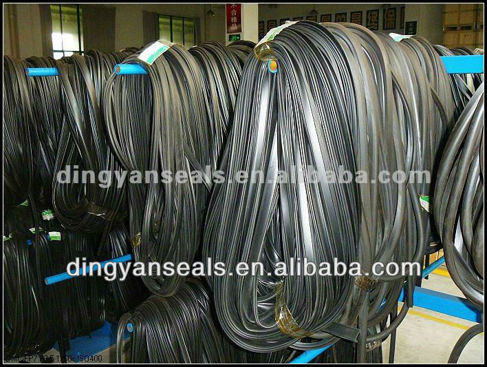 Car window rubber seal for glass