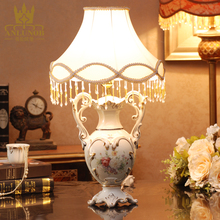 New design High-quality Sculptures Luxury Ceramic Modern Table Lamp Chaozhou