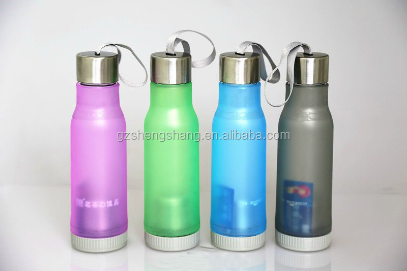BPA free 500ML plastic children water bottle,insulated plastic sport water bottle with straw