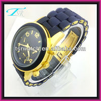 Shenzhen image watches with good looking and best price japan quartz movt with golden color made of silicone and alloy material