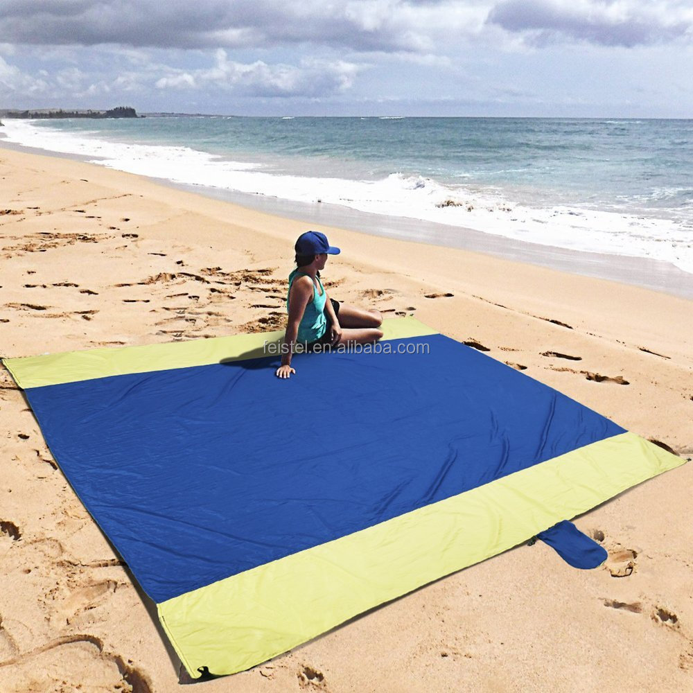 Sand Proof & Waterproof Outdoor Camping Ripstop Nylon Beach Over Size Blanket
