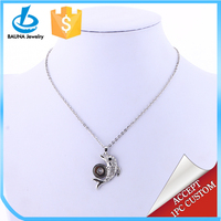 Elegant dainty girl imitation changeable pendant necklace chic fish pendant necklace