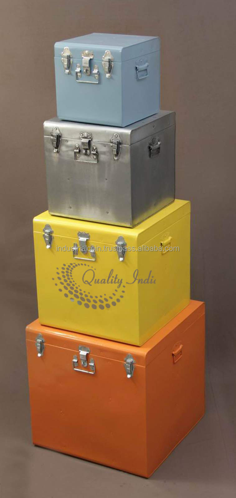 Metallic Multi Colour Boxes of Different Sizes