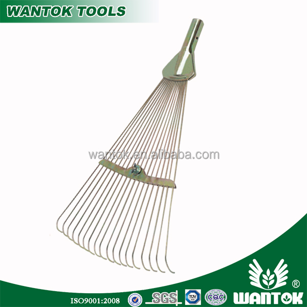 Adjuatable 17inch wide metal fan rake 18T galvanized garden lawn grass leaf rake