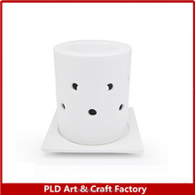 Custom Moon shape hollow design Ceramic candle holder for christmas decoration