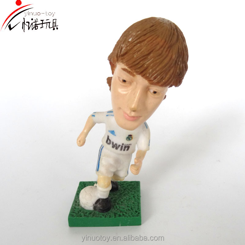 2017 Hot Selling Custom promotional plastic mini 3D football player action figure