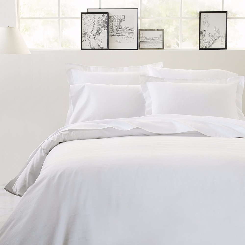 100% Egyptian Cotton Sheet Set - 300 Thread Count | Single Ply - Sateen Weave sheet sets