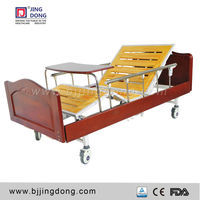 New product Hospital Furniture Nursing Crank Operated Wooden Manual Bed