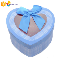 Custom heart shape candy chocolate apple packaging box for Christmas festival gift packing box
