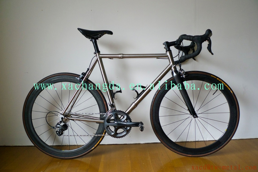 Customized Titanium Road Bike Frame High Quality Ti road bicycle frame with coupler XACD 700c Ti road bike frame