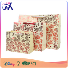 Elegant design hot foil flowers door gift paper bag with handle velcro cheap price