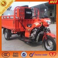 motorized tricycle bike tricycle driver cabin/cargo box with closed cabin/gasoline three wheel tricycle