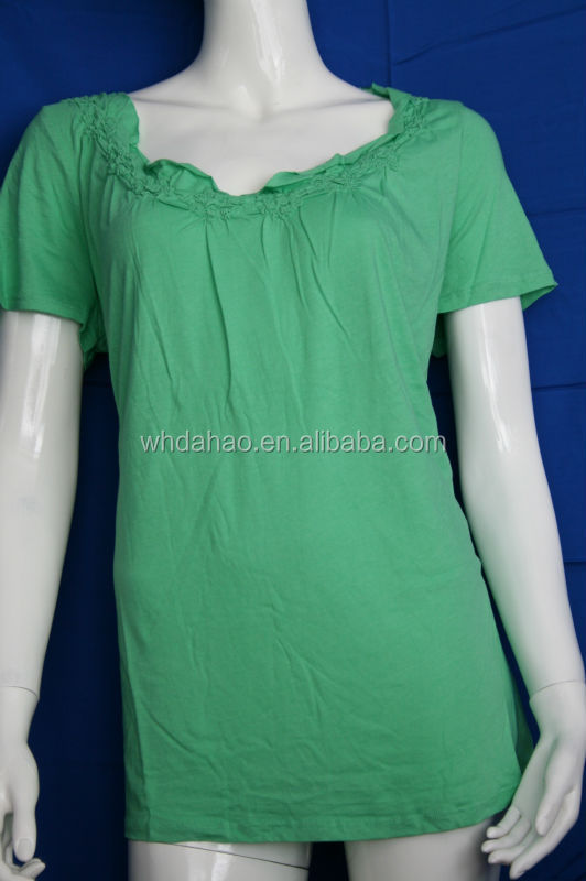 100% Cotton Embroidery neck green plain round neck t-shirt