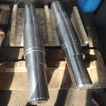 OEM produce forging and maching carbon steel bucket wheel shaft