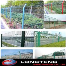 Differnent variety type of green wire metal fence