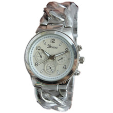 High quality Alloy metal strap Geneva Watches Men Hot Sales Quartz Watches Men Popular Geneva Gold wathes