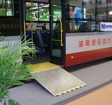Auto Accessory Electric Ramp for buses for disabled people, ISO 16949