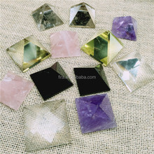 VARDY Brand Christmas Natural Healing Quartz Crystal Pyramid Shaped Paperweight Crystal Stones