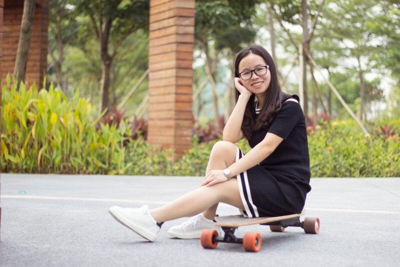 MaxFind electric longboard New Style Electric Skateboard 36v 800w 28km/h Best Dual Hub Motor