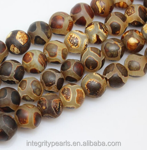 12mm Antique Football shape Tibetan natural agate beads