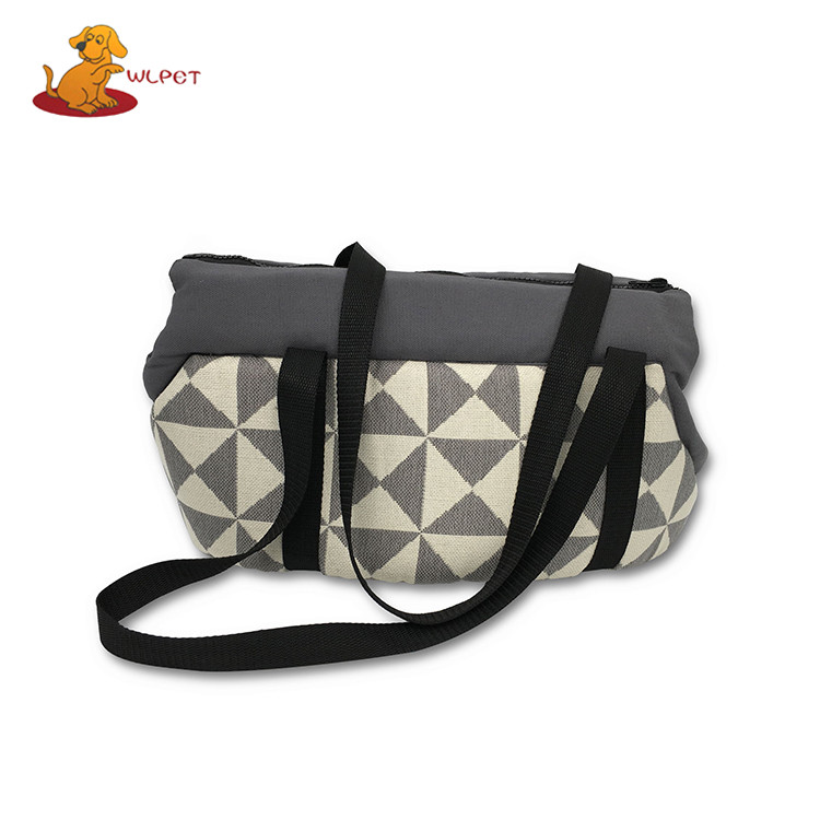 Made In China Superior Quality Eco-Friendly Canvas Pet Carrier With Foam