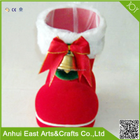 WHOLESALE PLUSH RED CHRISTMAS SHOES WITH THE BELL FOR KIDS FESTIVAL CANDY BAG GIFT