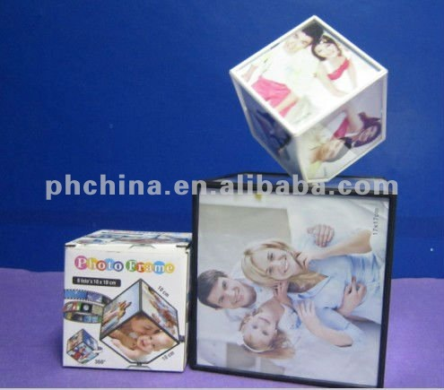 ACPF-018 Clear Acrylic Rotating Cube Photo/Picture Frames
