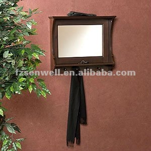 Closset Entry Mirror