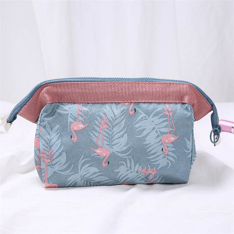 2019 china hot sell  high quality travel luxury makeup cosmetic case bag for girls