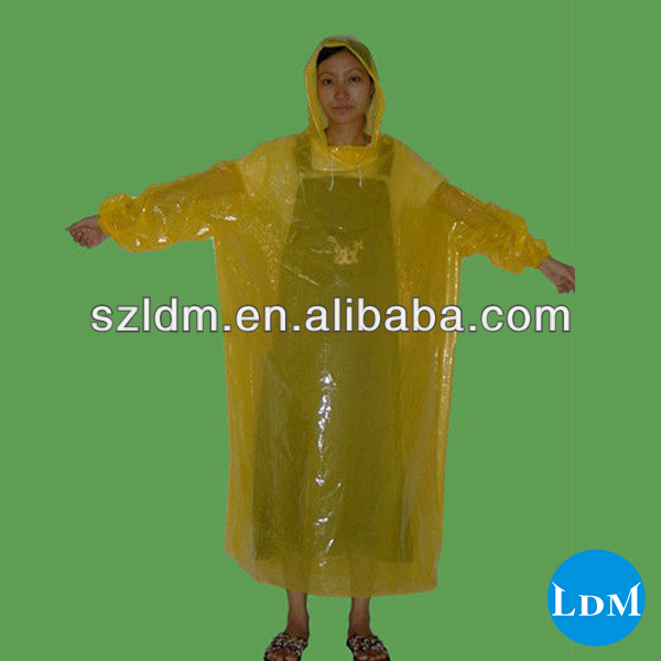 Clear Pe Disposable Rain Coat With Hood