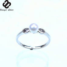 Fashion Women 925 Sterling Silver Ring With Pearl and Diamond