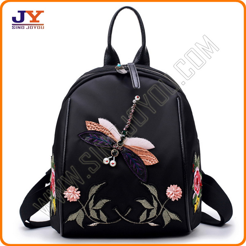 Fashion Backpack with Embroidered <strong>Design</strong> for Wholesale