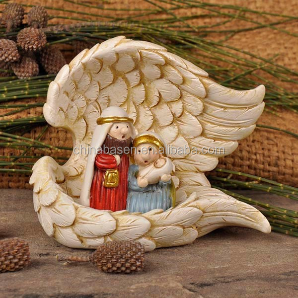 Crafts nativity set with wing house
