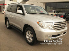 2011 Toyota Land Cruiser Base $ 18700 USD