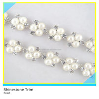 Pretty 888 Crystal Rhinestone mix Pearl Bead Mesh Trim For Necklace