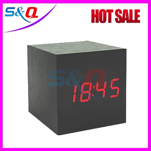 led wooden digital alarm clock with blue/green/red/white light