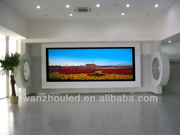 High definition with ultra slim P10 outdoor smd led screen