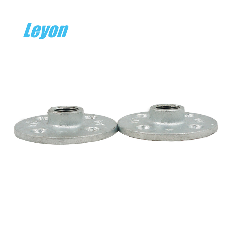 Wall Mounted Iron Floating Shelf Flange and Pipe <strong>Fittings</strong> Manufacturer 3/4 Galvanized Threaded 4 Hole Flange for Home Decoration