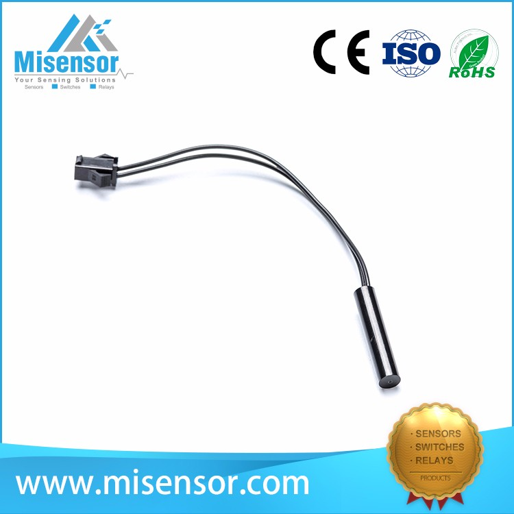 Misensor cylindrical proximity sensor switch