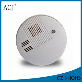 chamber for battery opperated electric smoke detector