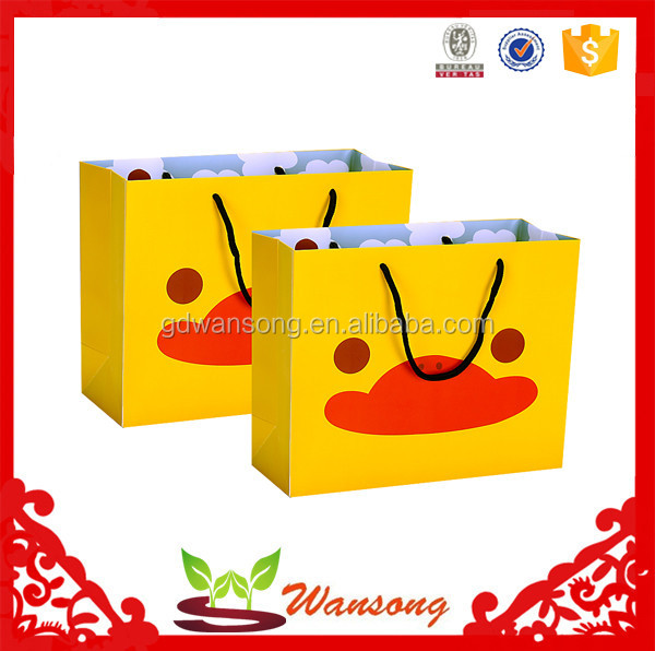 Cheap OEM Printing Retail Shopping Hand Carrying Small Paper Bags ,Customized Paper Bags With Logo Print
