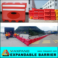 Water filled plastic traffic road HDPE safety barrier fence