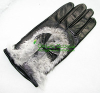 Ladies' cheap patch leather gloves made with garment leather scraps, rabbit fur trimmed