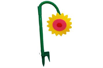 Garden plastic flower water tools irrigation sprinkler, garden watering dancing flower sprinkler