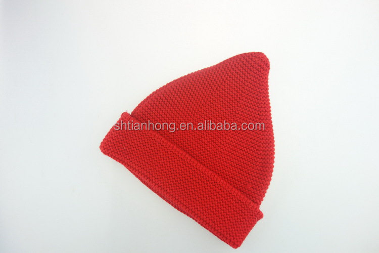 Top quality low price men hand knitted newsboy hat