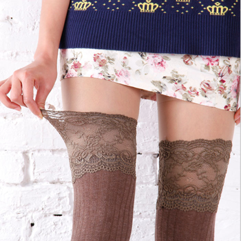 The Japanese Autumn/Winter Lace Cotton Stockings With Length of Knee-high Socks