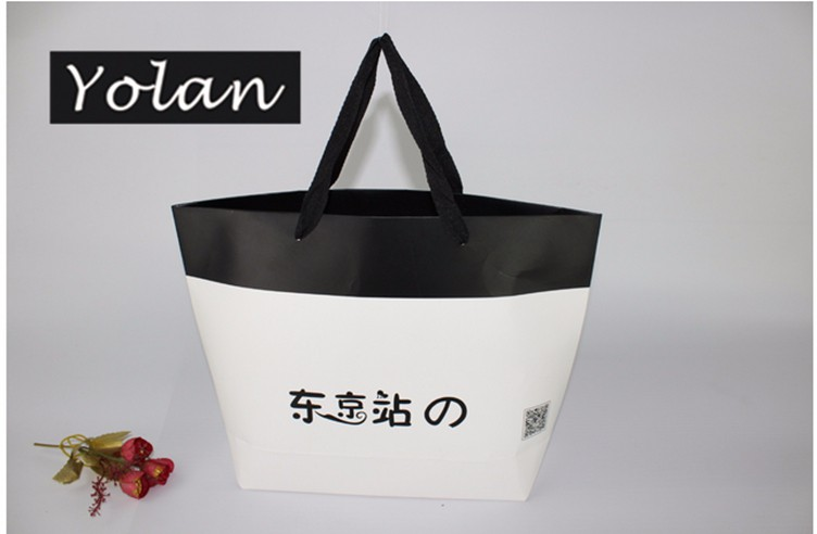 Wholesale Shopping Paper Bag Custom Gift Bags Made in China